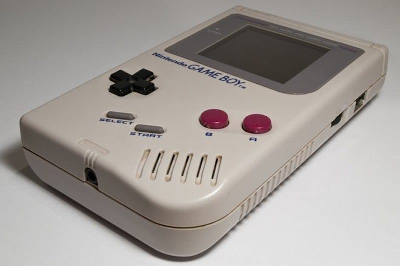 Nintendo Game Boy | 8 Best 1980s Gadgets that Defined a Decade| Brain Berries