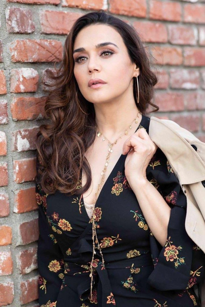 7. Preity Zinta | 9 Bollywood Stars Who Hate Each Other In Real Life | Brain Berries
