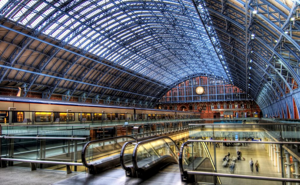 St. Pancras International, London inside | 7 Most Asntonishing Train Stations in the World | Brain Berries