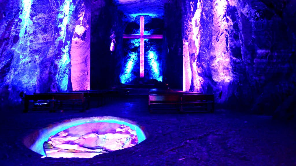 The Salt Cathedral of Zipaquirá, Zipaquirá, Colombia | 17 Astonishingly Beautiful Cave Churches Around The World | Brain Berries