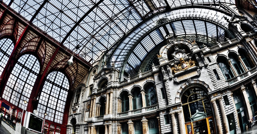 Antwerp Central, Antwerp inside | 7 Most Asntonishing Train Stations in the World | Brain Berries