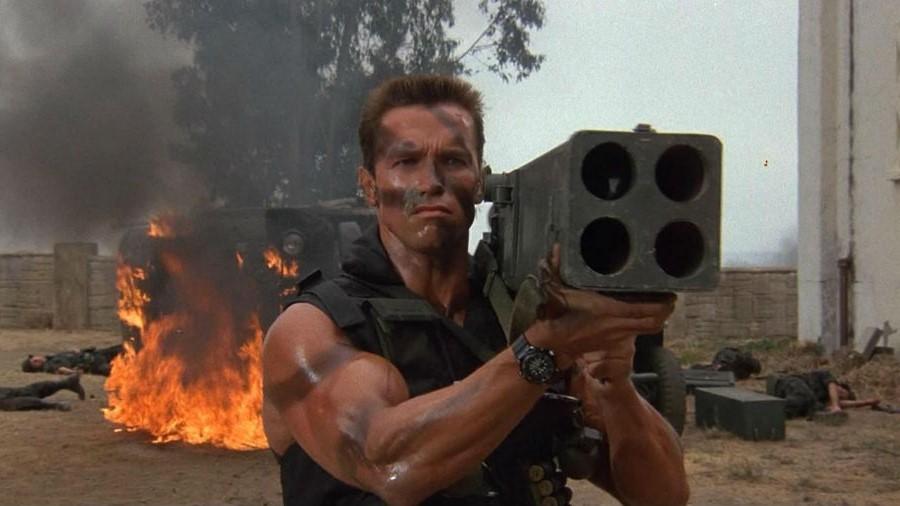 Коммандос, 1985 | 10 роскошных боевиков нашей юности, которые можно пересматривать бесконечно | Brain Berries