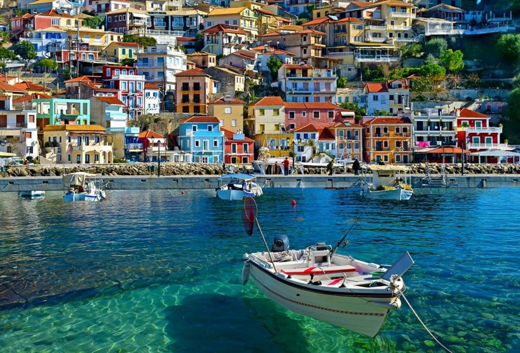 Корфу | Не только Санторини: 10 самых красивых островов Греции | Brain Berries