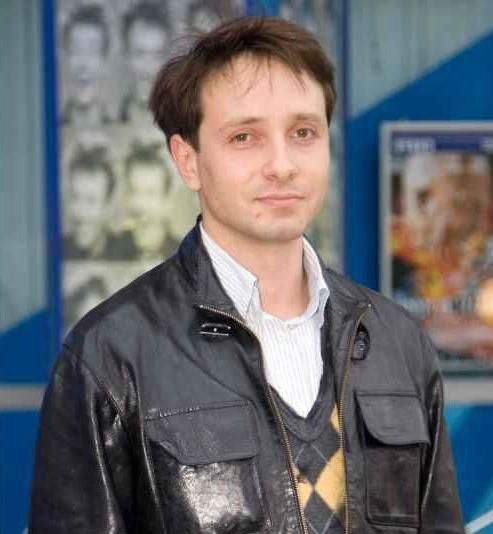 Максим Юрьевич Ковалёв | Как выглядят актеры сериала «Сваты» спустя 10 лет | Brain Berries