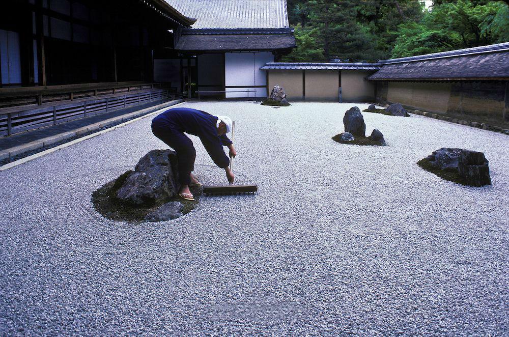 Сад камней храма Рёандзи | Киото – город, который стоит посетить хотя бы раз | Brain Berries