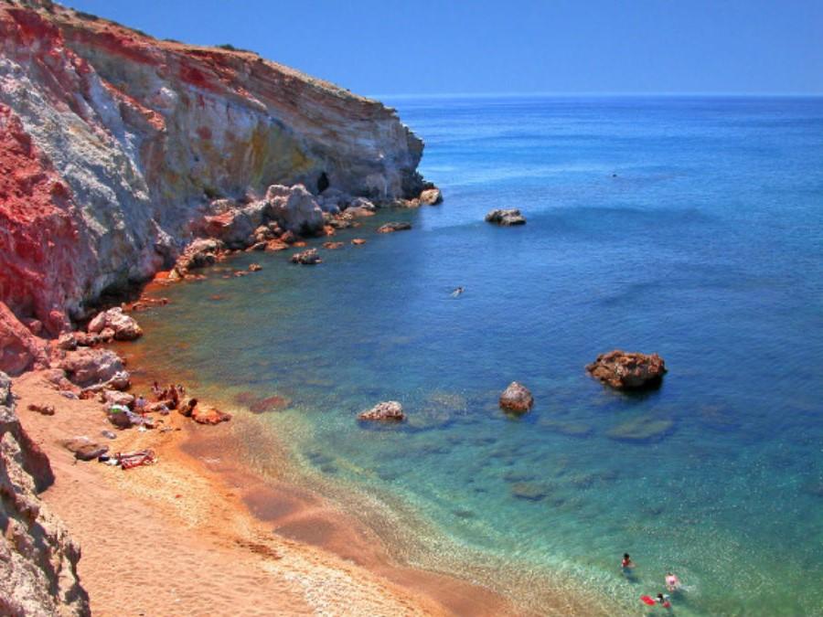 Милос | Не только Санторини: 10 самых красивых островов Греции | Brain Berries