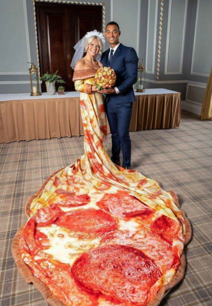 Pizza-Themed Wedding Just Became A Reality For Pizza Fans #6 | ZestRadar