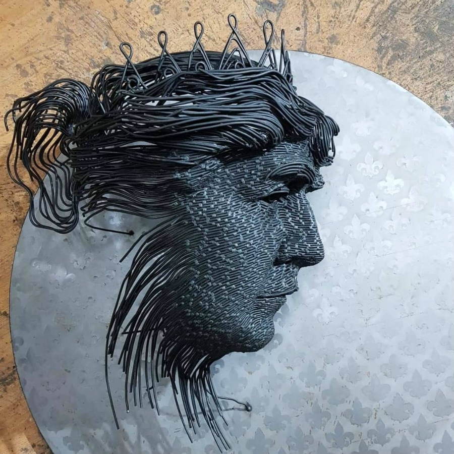 Romanian Artist Is Welding Metal Wires Into The Faces Of Historical Figures #2 | ZestRadar