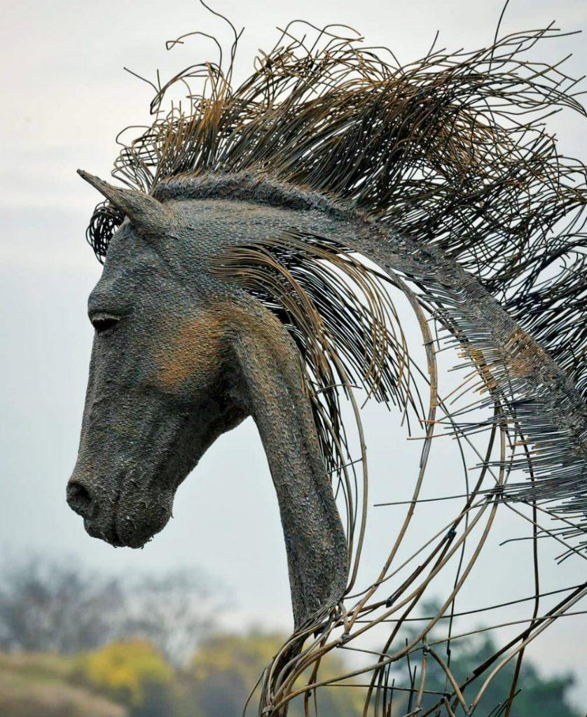 Romanian Artist Is Welding Metal Wires Into The Faces Of Historical Figures #7 | ZestRadar