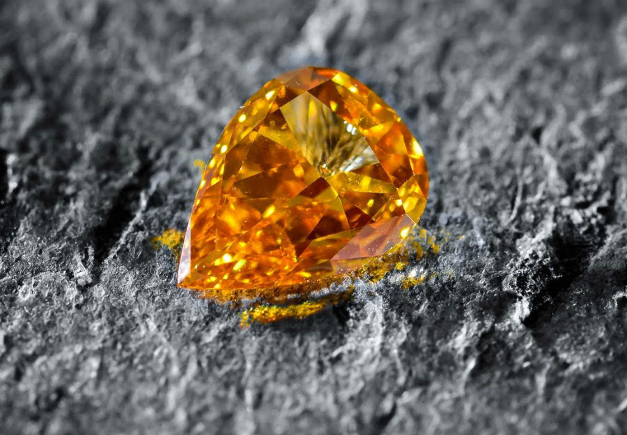 Orange diamonds | These Colored Diamonds Are The Most Expensive In The World | ZestRadar