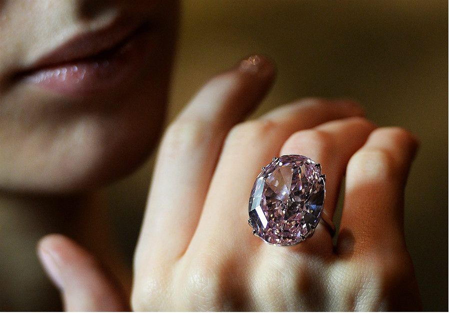 Pink diamonds | These Colored Diamonds Are The Most Expensive In The World | ZestRadar