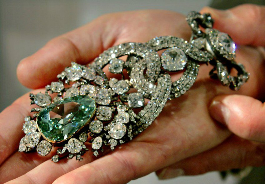 Green diamonds | These Colored Diamonds Are The Most Expensive In The World | ZestRadar