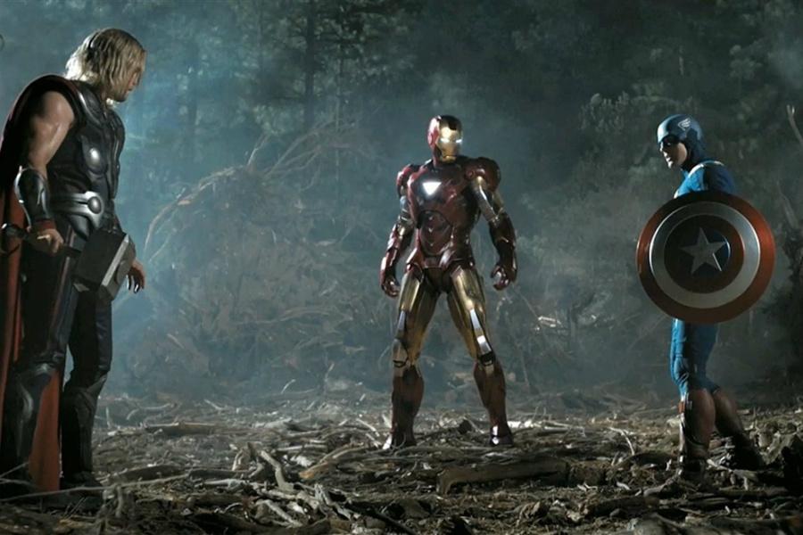 Hammer vs Shield | 10 Most Badass Moments Of Captain America | ZestRadar