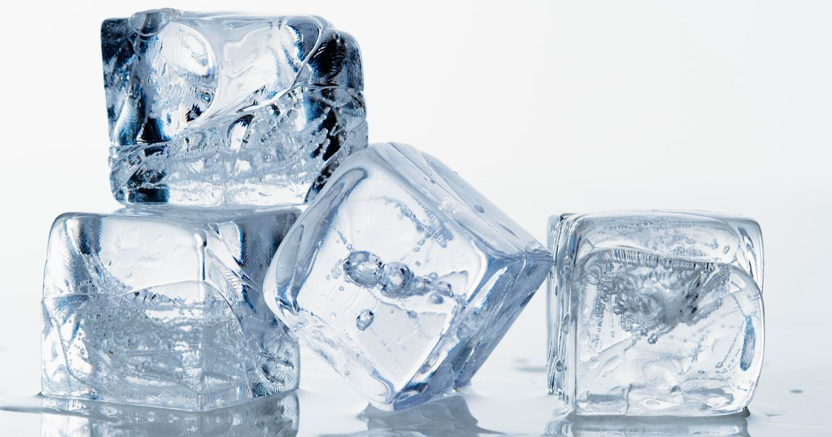 8 Ways How to Keep Ice From Melting | Brain Berries