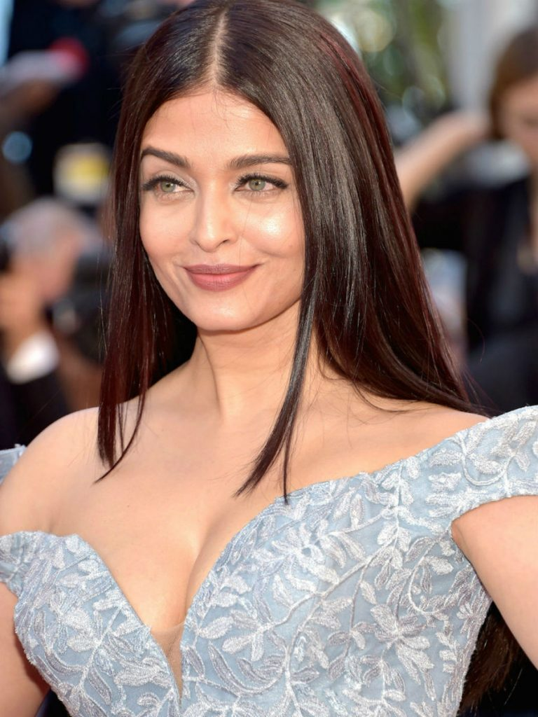 Aishwarya Rai | These Iconic Indian Fashion Models Have Conquered The World | ZestRdar