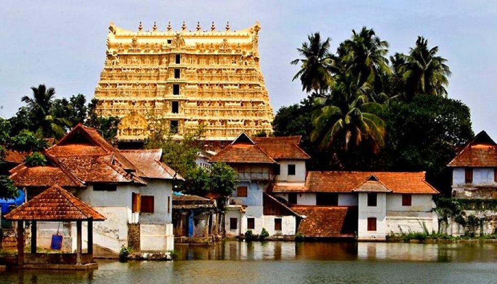 Padmanabhaswamy Temple  | 10 Most Expensive Religious Buildings Ever Constructed | ZestRadar