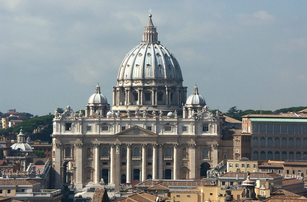 Saint Peter's Basilica   | 10 Most Expensive Religious Buildings Ever Constructed | ZestRadar