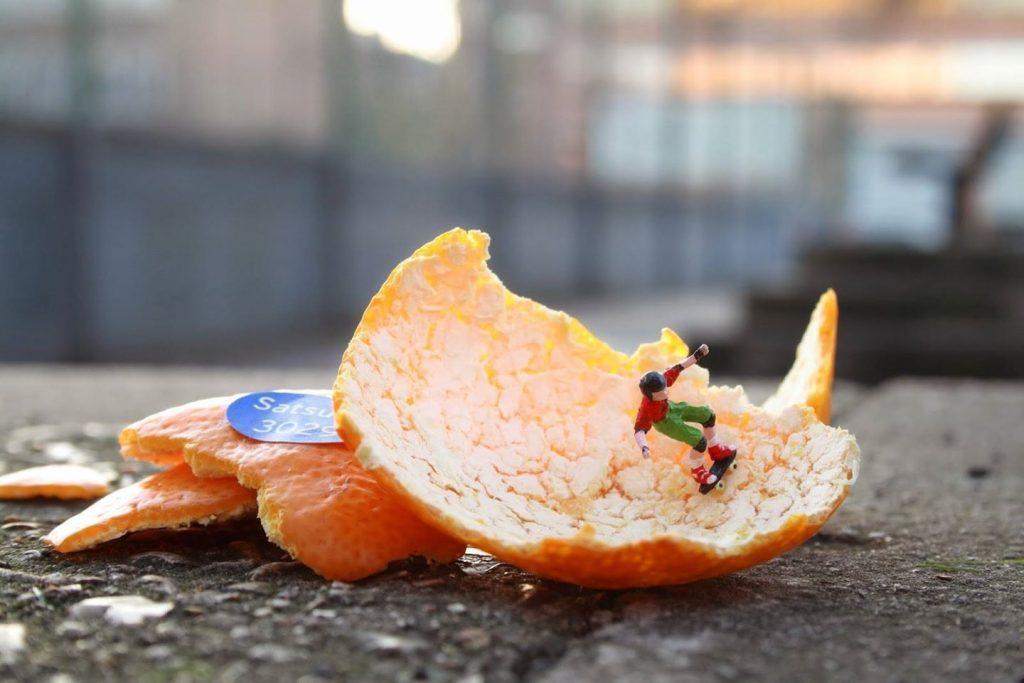 Slinkachu #5 | 8 Astoundingly Tiny Art Pieces | BrainBerries