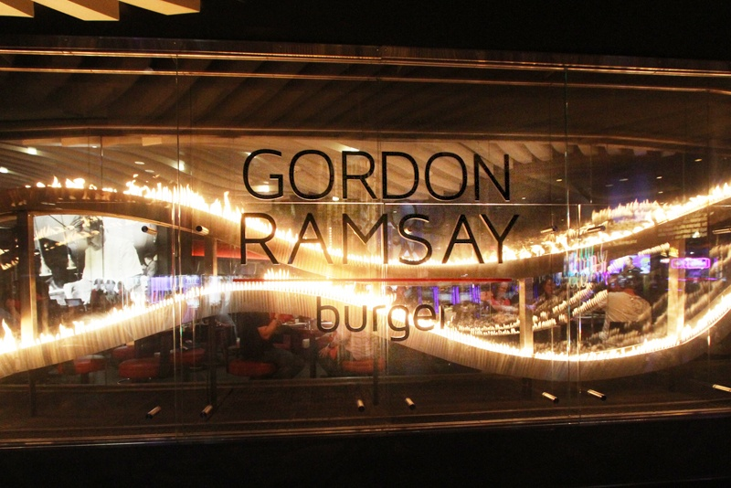 Gordon Ramsay Burger At Planet Hollywood Resort & Casino, Las Vegas | Six Places from Around the World to try Best Burgers | Brain Berries