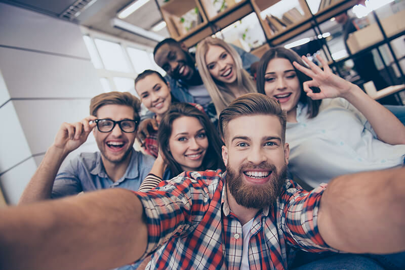 Being in a Group   6 Surprising Things That Might Make You More Attractive