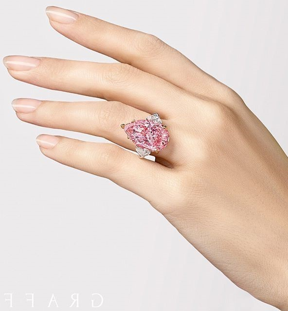 Рука Нины Тейлор | Нина Тейлор - модель с самыми красивыми руками на планете | Brain Berries