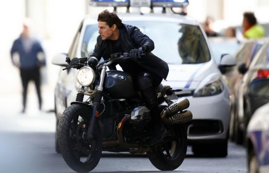 Том Круз коллекционирует мотоциклы | 15 интересных фактов о Томе Крузе  | ZestRadar