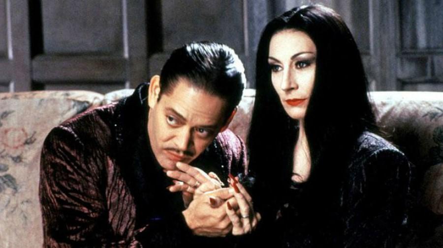 Семейка Аддамс | 10 лучших фильмов для Хэллоуина | Brain Berries