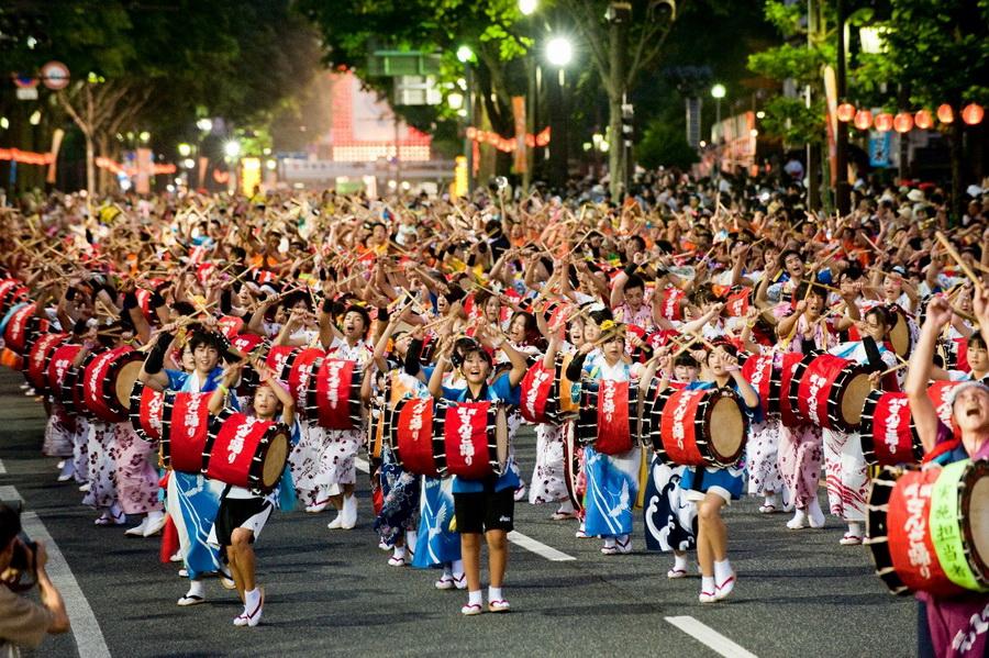Фестивали  | 10 причин посетить Японию | ZestRadar