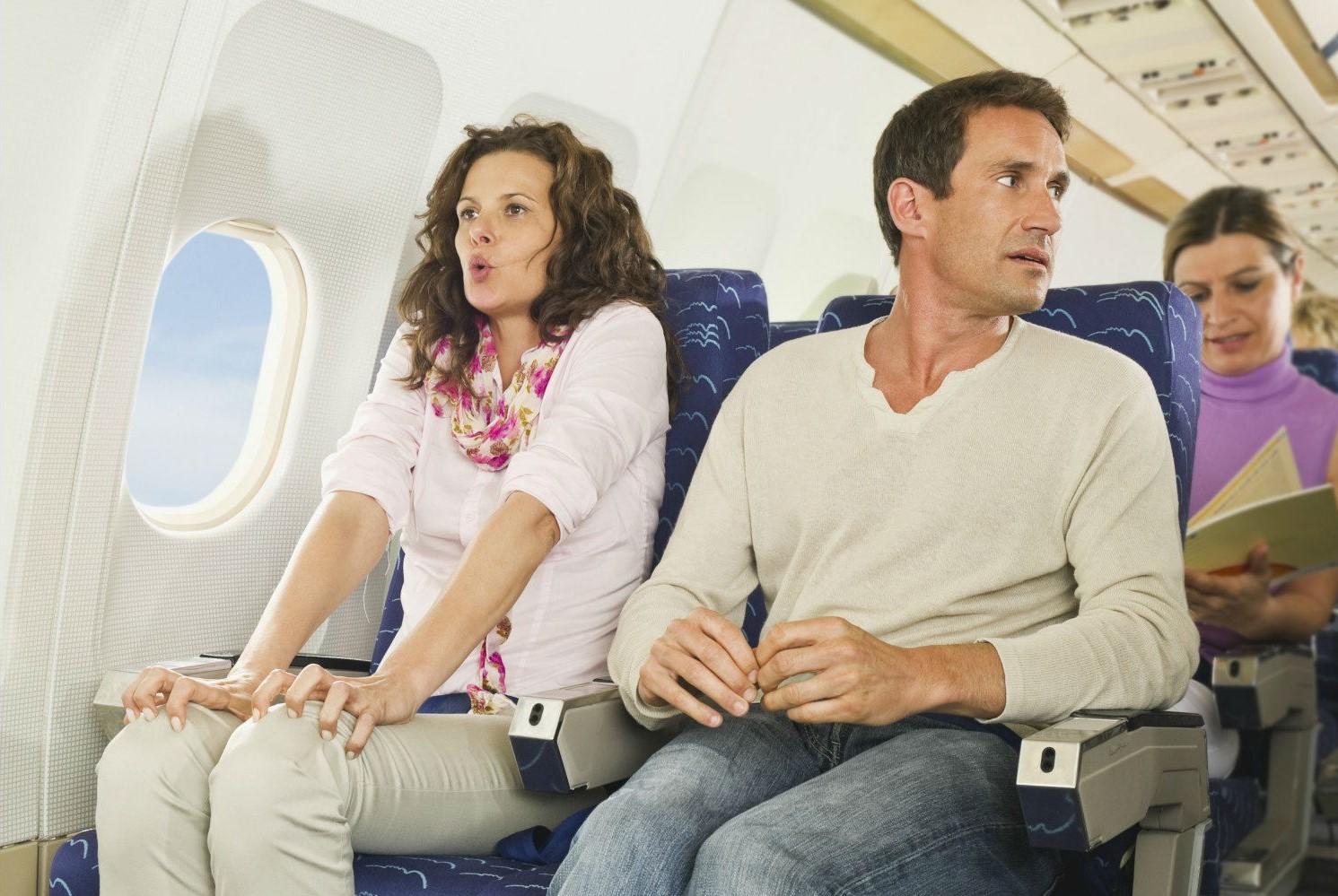 Все время сидеть | 10 вещей, которые лучше не делать на борту | Brain Berries