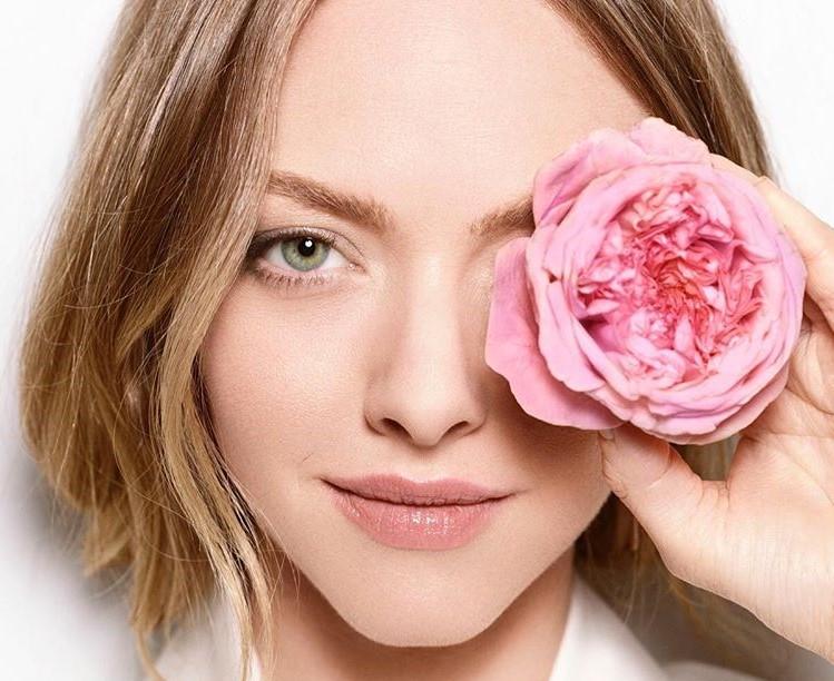 9 Gorgeous Celebrities Who Hate Wearing Makeup | Brain Berries
