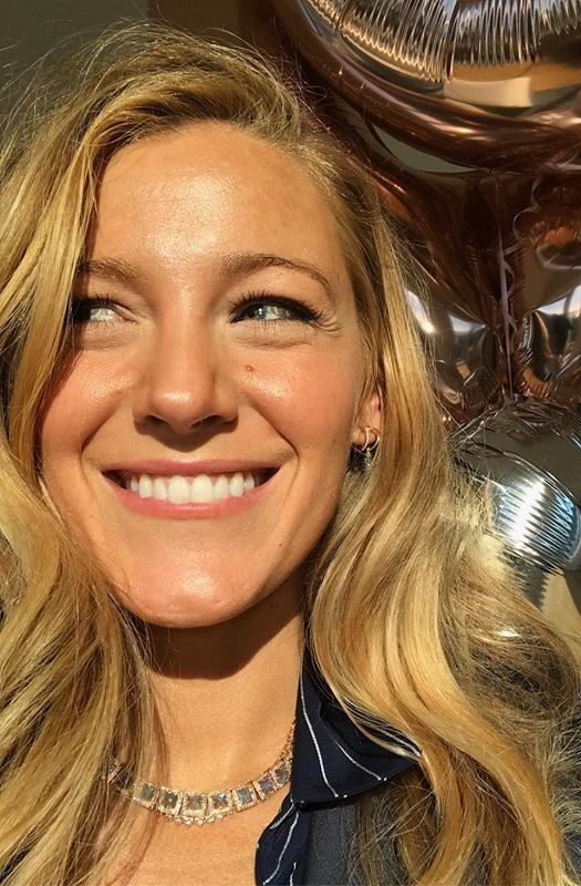 Blake Lively #3 | 9 Gorgeous Celebrities Who Hate Wearing Makeup | Brain Berries