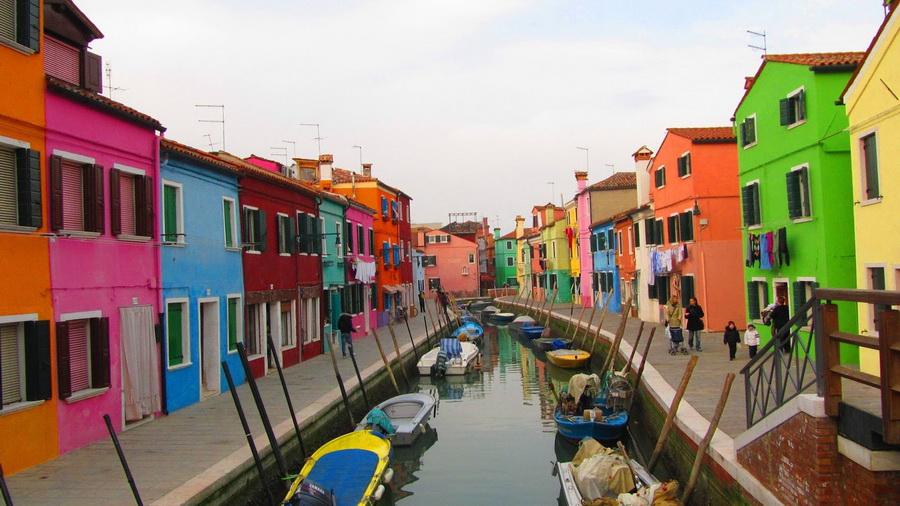 Бурано  | Очень маленькие, но невероятно сказочные места для путешествий | ZestRadar
