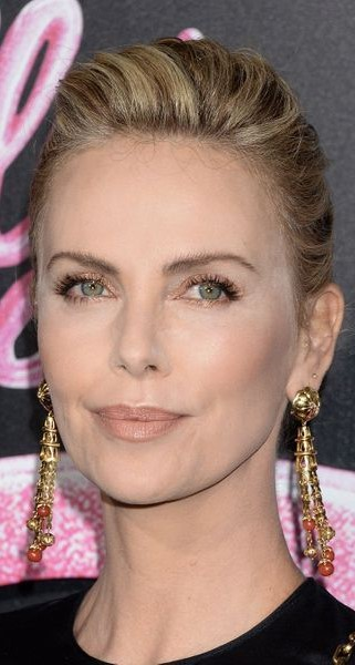 Charlize Theron #3 | 9 Gorgeous Celebrities Who Hate Wearing Makeup | Brain Berries