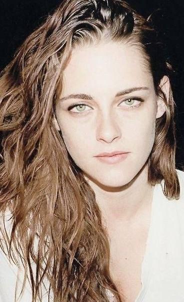 Kristen Stewart #3 | 9 Gorgeous Celebrities Who Hate Wearing Makeup | Brain Berries
