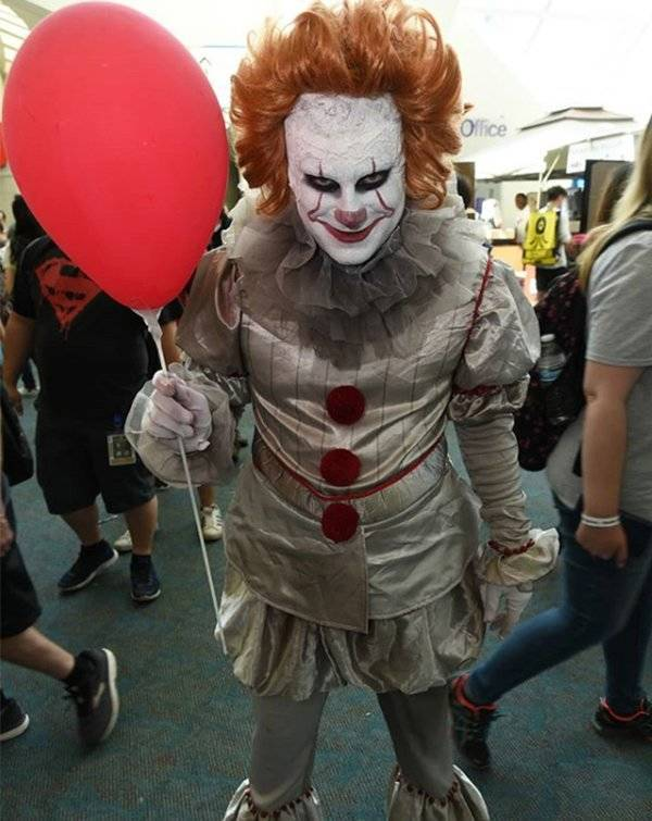 Pennywise #2  | 6 of The Most Popular Halloween Costumes For This Year | BrainBerries