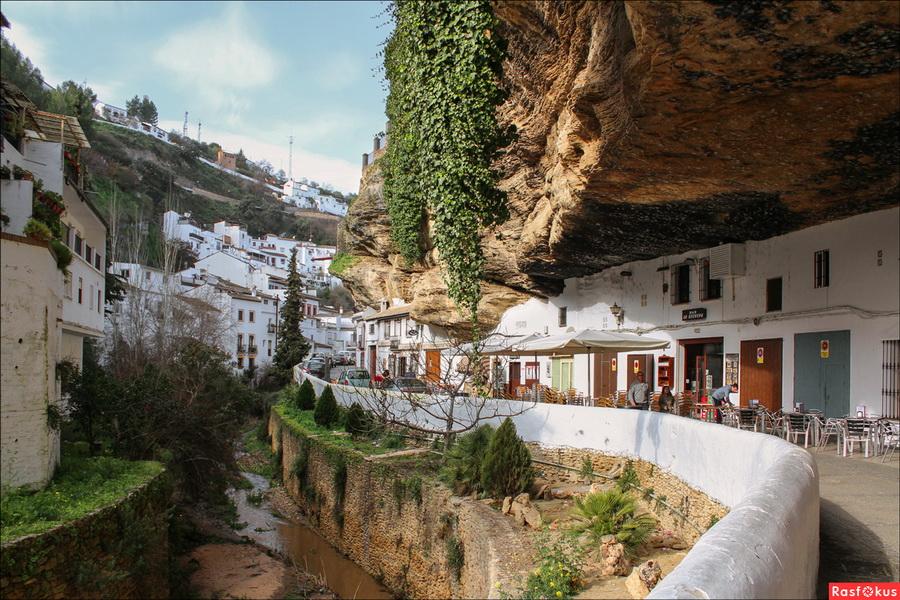 Сетениль-де-лас-Бодегас  | Очень маленькие, но невероятно сказочные места для путешествий | ZestRadar