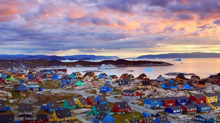 Сисимиут | Очень маленькие, но невероятно сказочные места для путешествий | ZestRadar