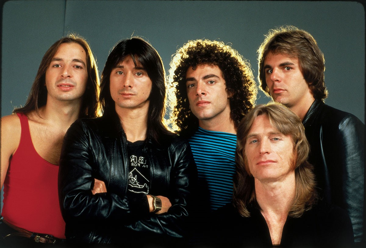 Steve Perry – Journey | 7 Groups and Bands Best Known For One Member | Brain Berries