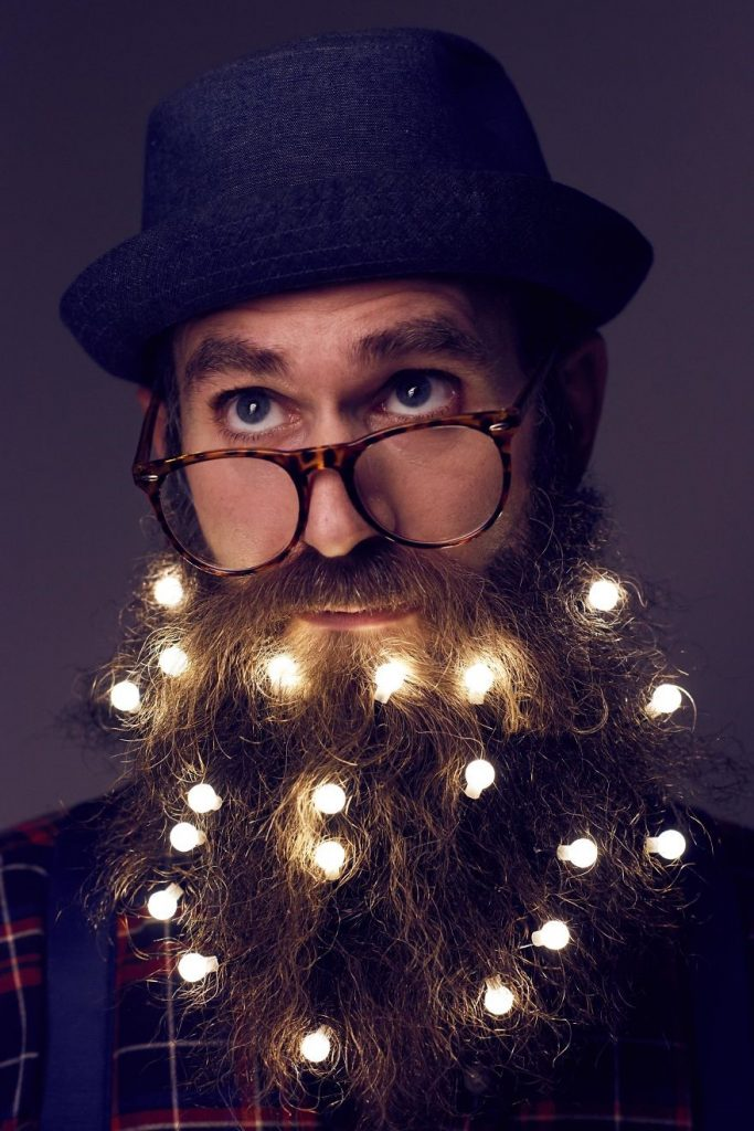 Deck Your Beard With Tiny Christmas Lights! #3 | BrainBerries