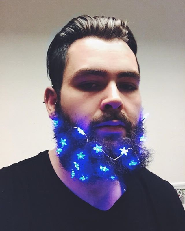 Deck Your Beard With Tiny Christmas Lights! #2 | BrainBerries