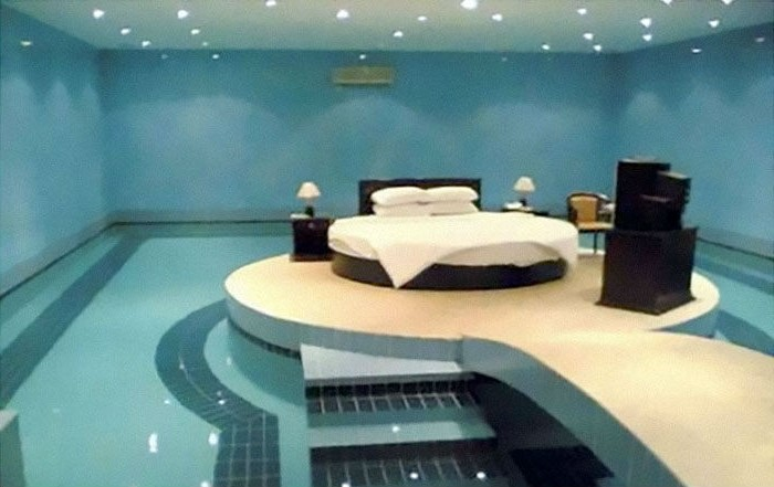 10 Bizarre Beds You'd Never Be Able To Sleep In | Brain Berries
