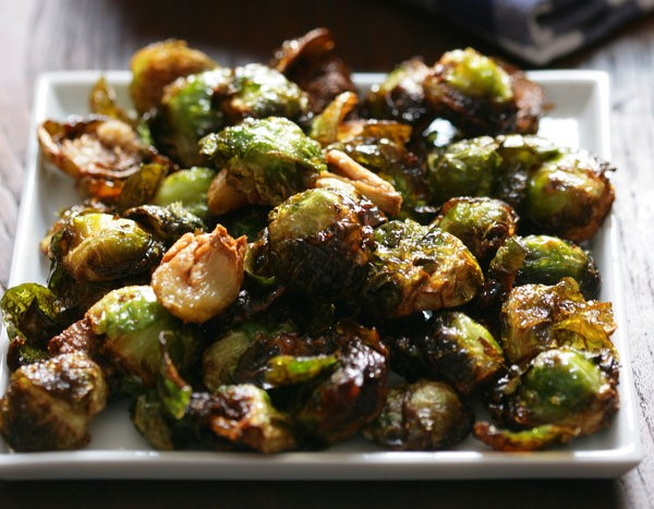 Caramelized Brussels Sprouts | 8 Vegetarian Dish Ideas for the Thanksgiving Table | Her Beauty