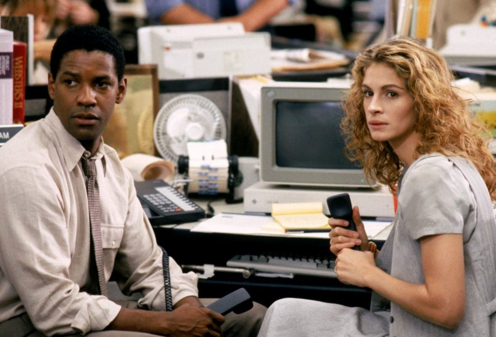 Denzel Washington and Julia Roberts (The Pelican Brief) | 7 Actors Who Refused to Kiss on Camera | ZestRadar