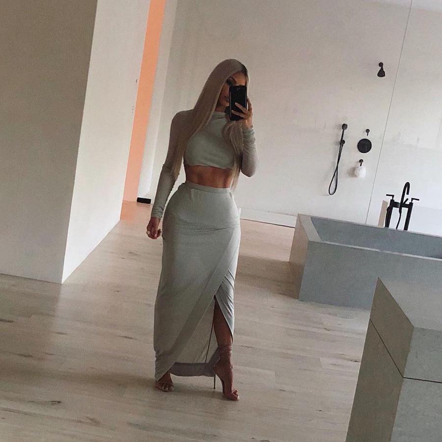 Kim K  | 10 Best Celebrity Selfies Of 2019  | ZestRadar