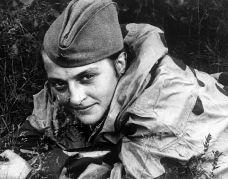 Lyudmila Pavlichenko (1916-1974) | 7 Most Badass Women of WWII | Brain Berries