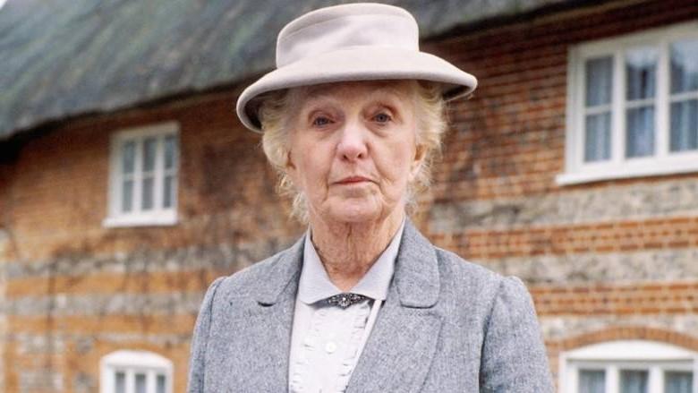 Miss Marple (1984) | 8 Best Women Detectives on TV | Brain Berries