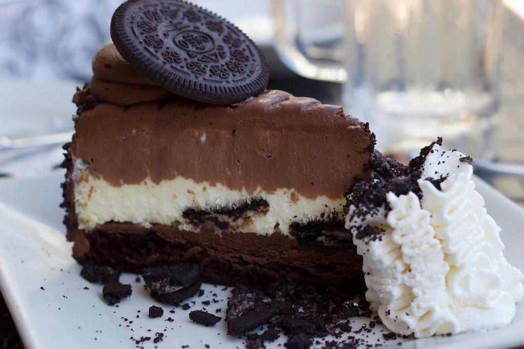 Oreo  Cheesecake |10 alimenti che sono una garanzia per renderti felice | Brain Berries