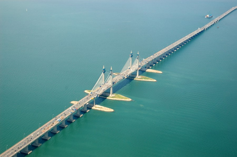 Sultan Abdul Halim Muadzam Shah Bridge, Malaysia | 10 World's Most Expensive Bridges | Zestradar
