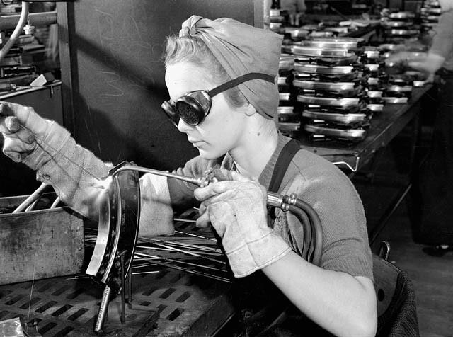 Veronica Foster (1922-2000) | 7 Most Badass Women of WWII | Brain Berries