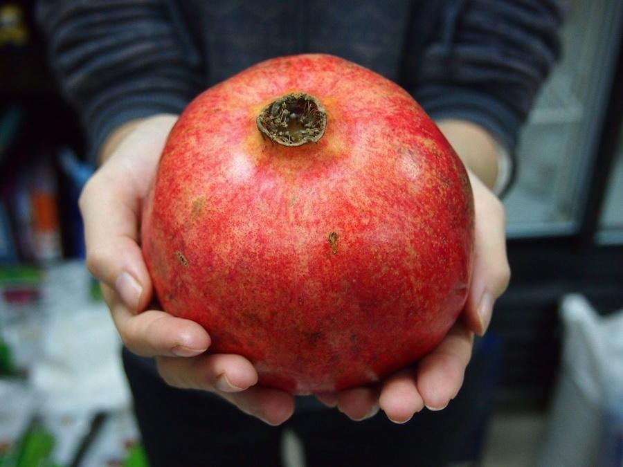 Гранат | Топ-10 самых больших ягод в мире | ZestRadar